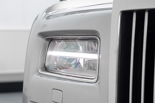 Rolls Royce Phantom Sliver - Front Light